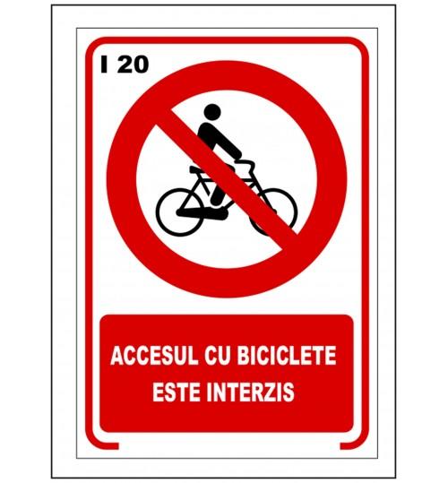 Accesul cu biciclete este interzis